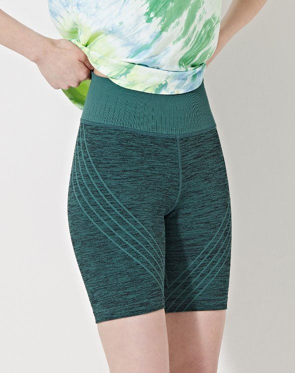 Danielle Striped Biker Short (VK2BO708/JS)